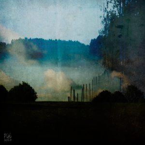 Pilvinen yö, 30x30cm, mustesuihkuvedos + mehiläisvaha, 2015