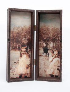 Muisto - Aino ja Aune, encaustic photo & puulaatikko, 33 x 10,5 x 10,5 cm, 2016