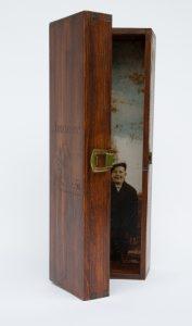 Muisto - Usko, encaustic photo & puulaatikko, 33 x 10,5 x 10,5 cm, 2016