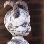 """""""Hymypoika/-tyttö patsaat"""", 6 x 9 x 17cm, 2019, rakukeramiikka (erilaisia)"""